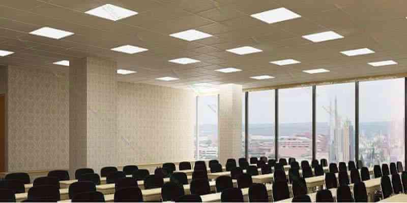 Đèn LED panel 600x600 trong chiếu sáng văn phòng