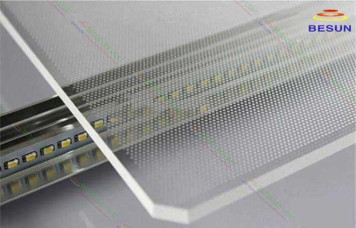 Tấm dẫn sáng đèn led panel giá rẻ