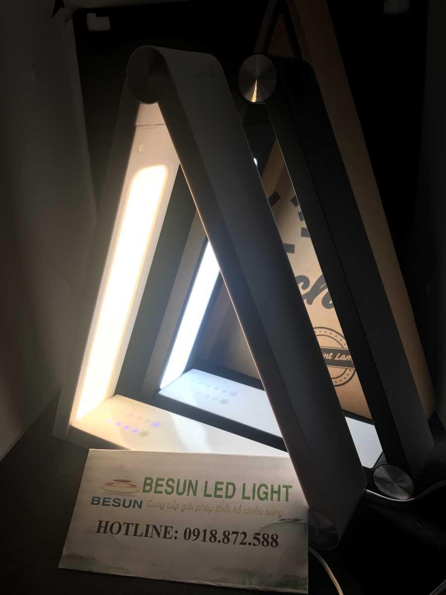 Chiếu sáng đèn bàn học chống cận thị