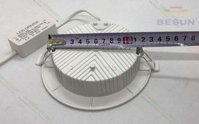Khoét lỗ trần thạch cao đèn led âm trần DL-12150