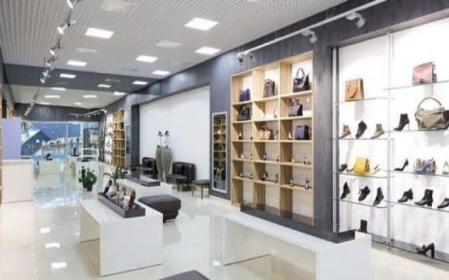 Đèn led panel chiếu sáng cửa hàng